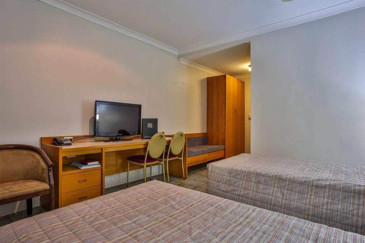 premium room, hotel kununurra